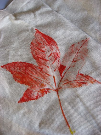 Leaf PrintsLeaf Imprint, Color So Gs For Kids, Leaf Places, Ideas, Art Crafts, Kids Activities, Free Fun, Fall Buckets, Fun Things