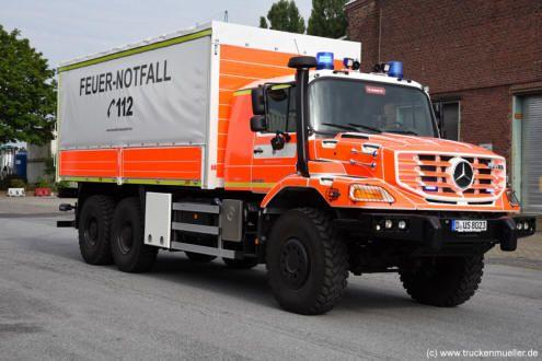 LKW DekonG - Feuerwehr Düsseldorf - (c) Jürgen Truckenmüller