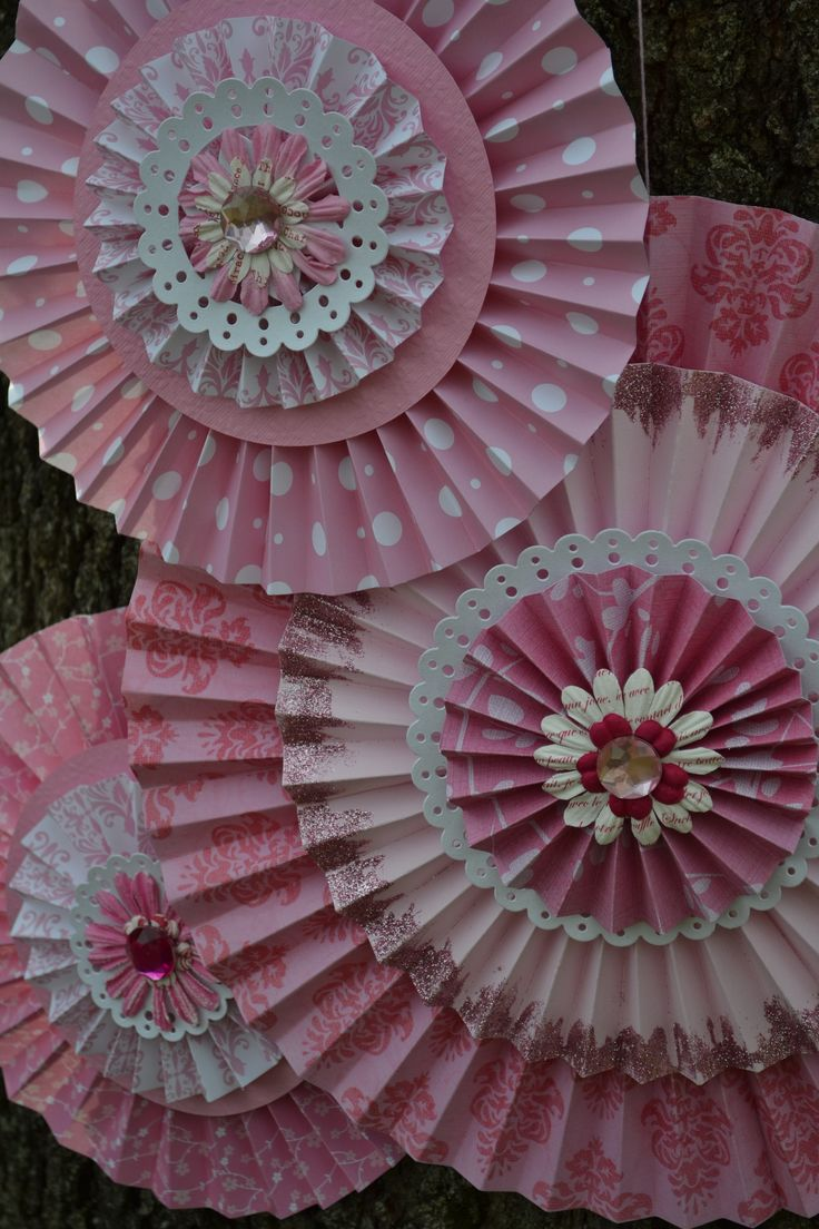 How to make rosettes out of paper - 17 Best Ideas About Paper Rosettes On Pinterest Paper Fans Rosettes And Diy Baby Shower Decorations