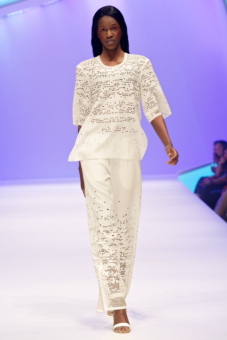 To acquire Bloggers fashion present runway mbffs pictures trends