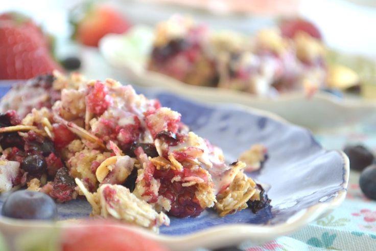 Sokeriton, gluteeniton, vegaaninen marjapiirakka // Happythymesblog