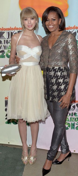 Taylor Swift and First Lady Michelle Obama at Kids Choice Awards