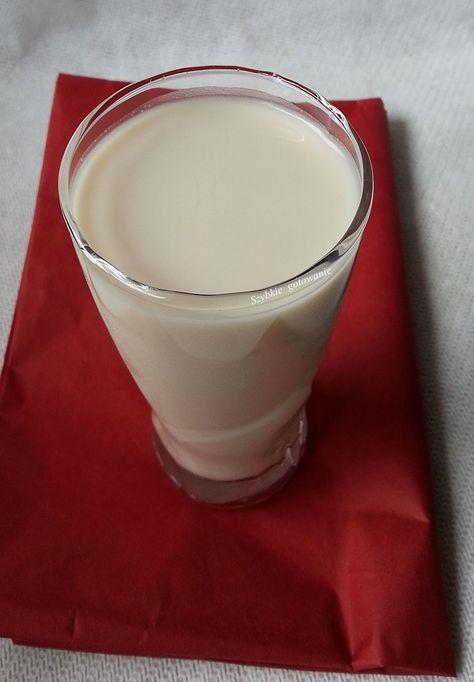 Bardzo smaczne, domowe mleko roślinne. Użyłam gotowych mielonych migdałów. Można pominąć płatki owsiane i zrobić mleko tylko z migdałów (wów...