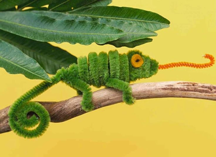 13 Amazing Reptile Crafts for Kids. Education and Fun crafts to learn about creepy scaly reptiles.