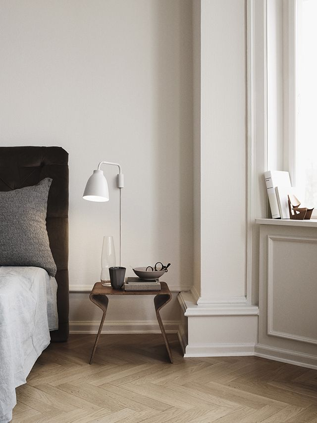 Neutral colours in the bedroom