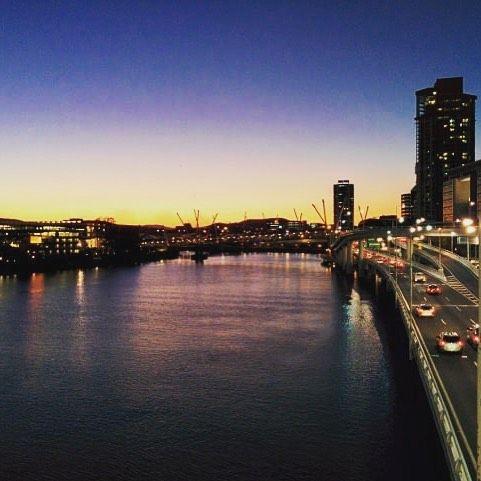 Brisbane - Australie : nouvel article sur le blog #blog #blogvoyage #travelblogger #voyage #tourisme #vacances #travel #photooftheday #nature #instagood #love #beautiful #fun #instatravel #visiting #traveling #cool #australia #australie // Brisbane offre à la fois les avantages d'une grande ville et l'attrait d'un environnement tropical verdoyant. Elle offre à ses visiteurs un cadre agréable au sein d'une végétation luxuriante.