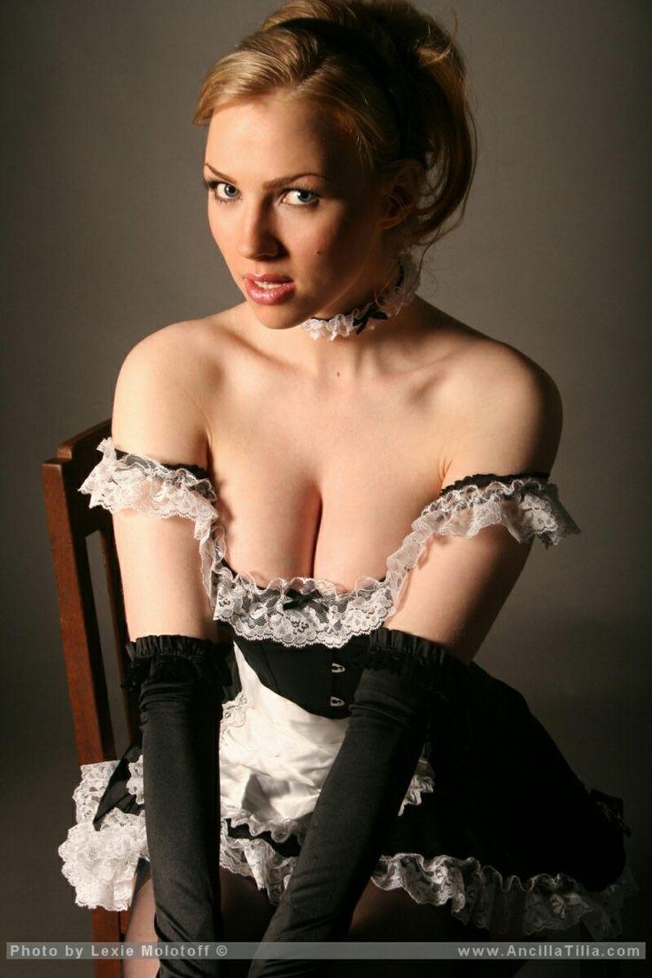 Beautiful blonde lesbian threesome free gallery