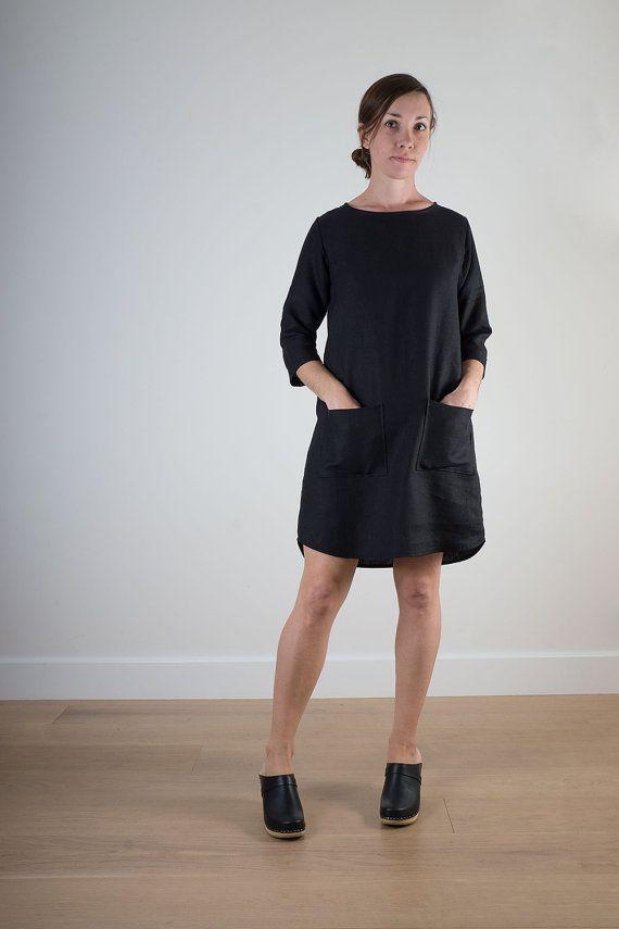 Schwarze bequeme Leinen Womens shift Kleid von PyneandSmith auf Etsy