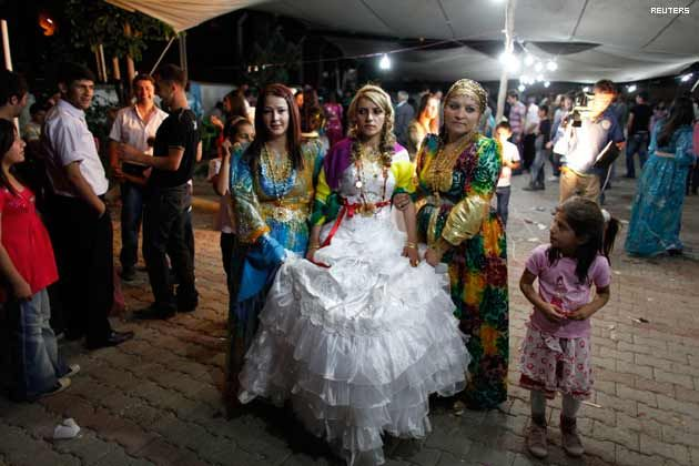 Matrimonio In Kazakhstan : Kurdish hakkari turkey wedding traditional