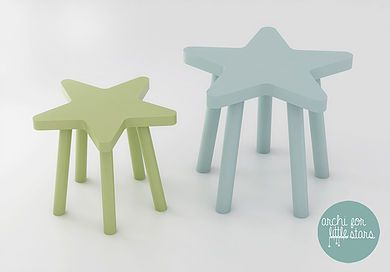 Complementi d'arredo Little Stars, realizzati per arredare spazi dedicati ai bambini: libreria, sgabello, scatola porta giochi e pomolo.
