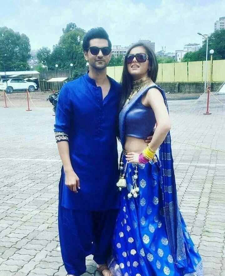 fb2bb24307a0a Tv Actors, Actors & Actresses, Drashti Dhami, Indian Outfits, Traditional,  Couples