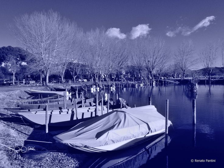 Boats... - Taken in San Feliciano. (Umbria, Italia). (February 2017)