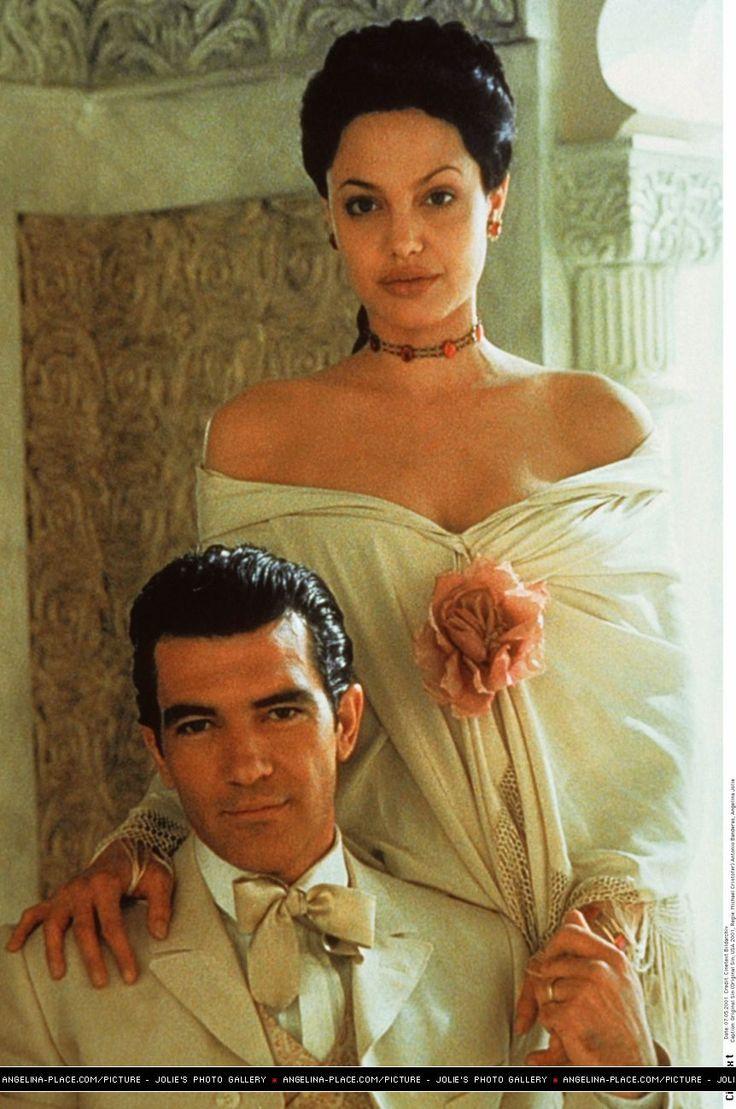 Original sin movie - Angelina Jolie and Antonio Banderas
