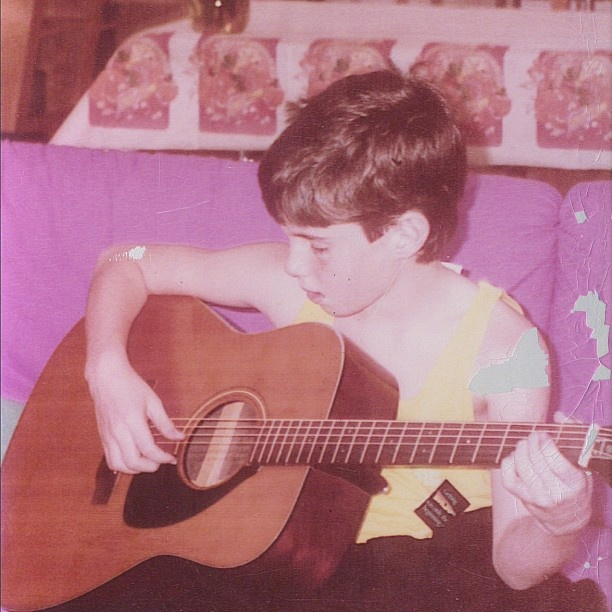 Young Adam Levine strumming away… #VoiceFamilyAlbum