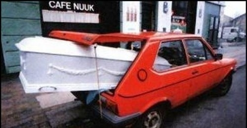 How to Look Stupid | Funny Pictures of Stupid People- momma said save some cash take me there yourself....