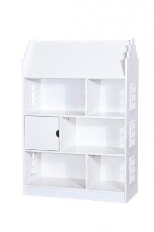 Deze 'boekenkast' van Leenbakker wordt het poppenhuis voor mijn dochter. Ik ga er nog een behang van Pip op plakken, zodat het helemaal in haar kamertje past.