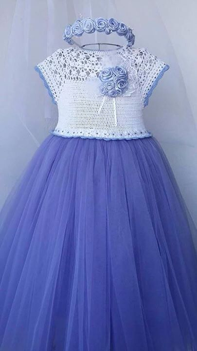 Crochet dress                                                                                                                                                      Más