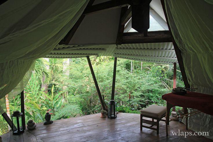 Voici mon carnet de voyage en Guadeloupe de 2 semaines passées à sillonner l'île. Vous trouverez plein d'infos, conseils et photos pour ...