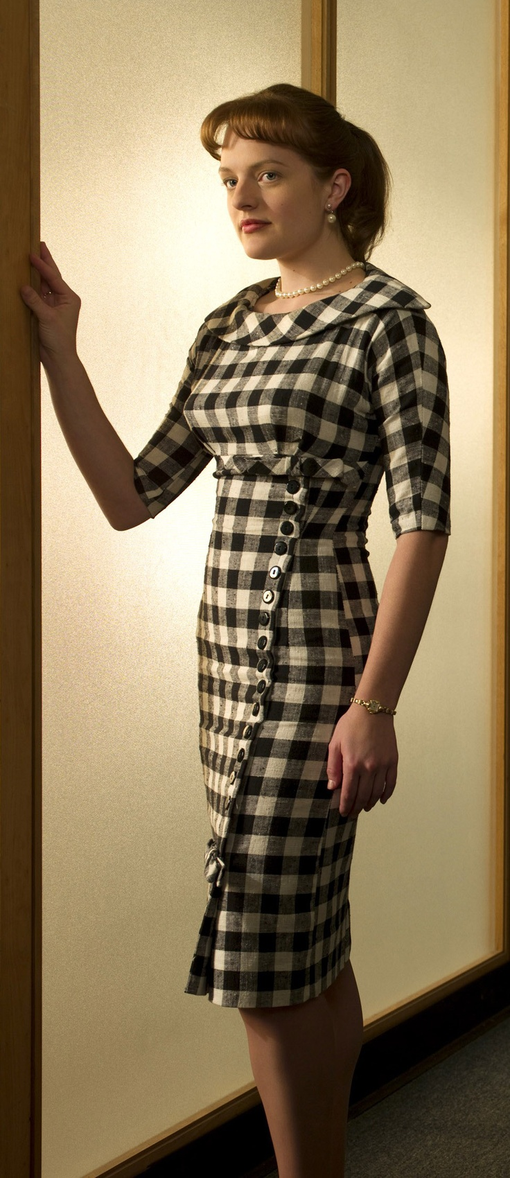 Peggy- if I could I'd dress like the ladies on MAD MEN every day!