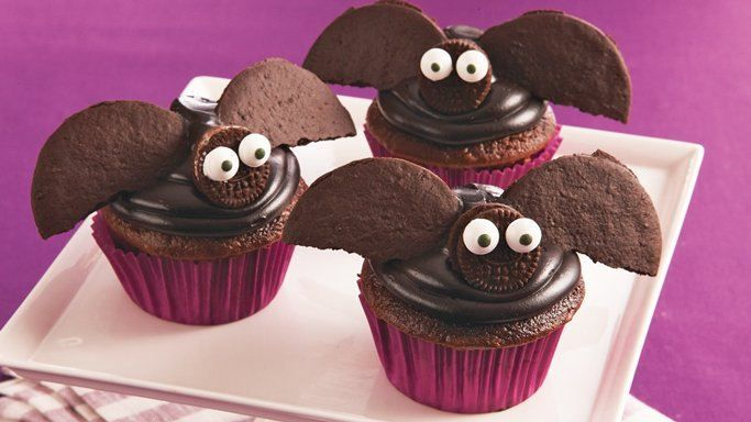 These creepy creations, which start from Betty Crocker® SuperMoist® dark chocolate cupcakes, are sure to fly off your Halloween party dessert table!