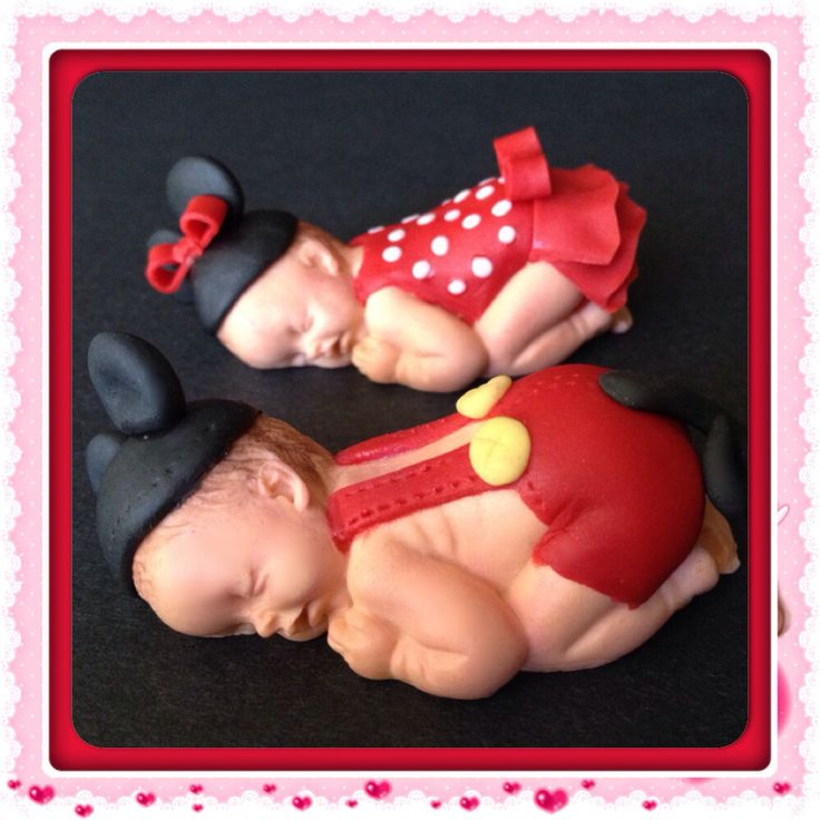 Sleeping baby cake topper by 1crazyforcakes on Etsy https://www.etsy.com/listing/188433824/sleeping-baby-cake-topper