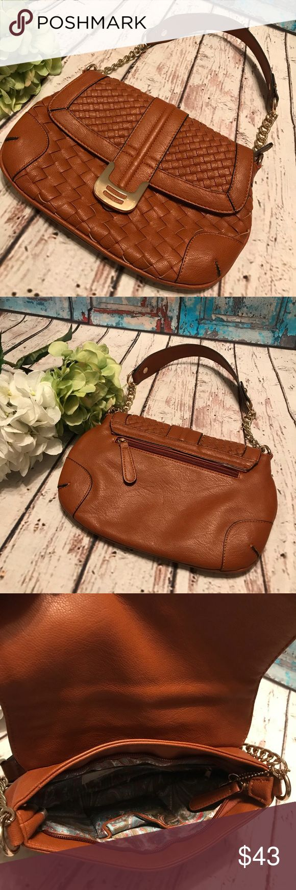 Big Buddha Brown Weave Purse Big Buddha Brown Weave Purse Gently Loved  Small Handbag One inside zippered pocket Snapping fold over closure Lovely silky liner Gorgeous & Chic❤️ Big Buddha Bags