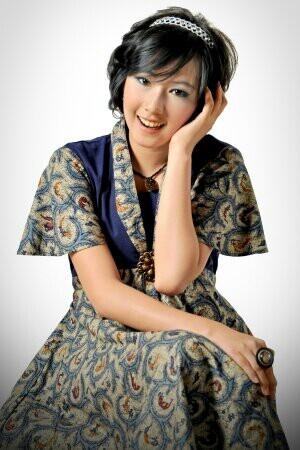 JKT48 Rezky Wiranti Dhike (Ikey) (レズキー・ウィランティ・ディケ) (イキー)