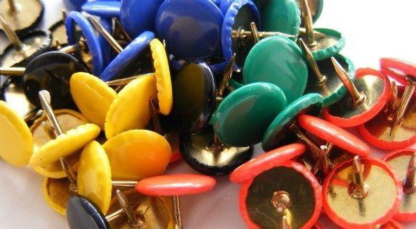 Usages de Pinterest : voir  AJZ http://www.slate.fr/story/50997/pinterest-reseau-social-guide-utilisation http://fr.wikipedia.org/wiki/Pinterest