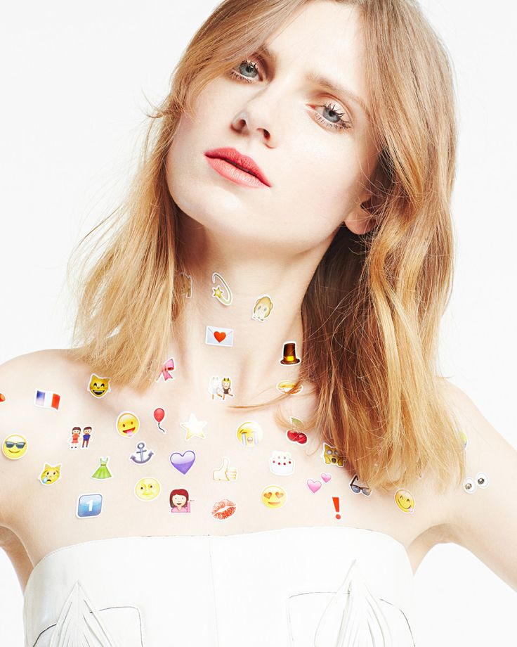 Emoji-covered March issue of L'officiel Paris