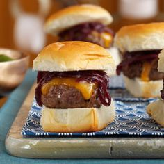 Cheddar & Onion Beef Sliders - can use fried onion strings and hawaiian rolls instead