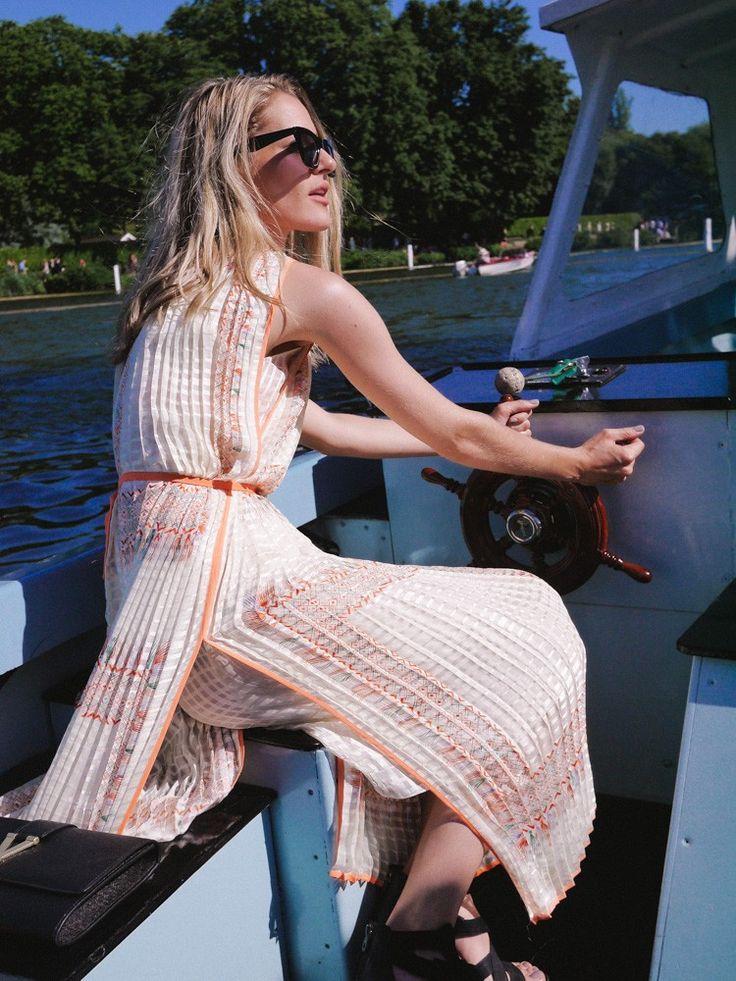 Chloe foulard-print pleated silk dress