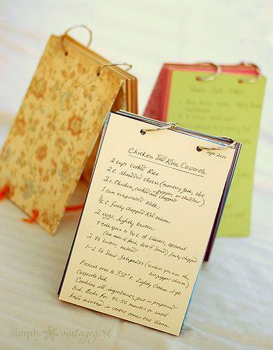standing recipe holderStands Recipe, Recipe Holders, Holders Ideas, Gift Ideas, Recipe Cards, Cards Holders, Fun Crafts, Crafts Diy, Recipe Books