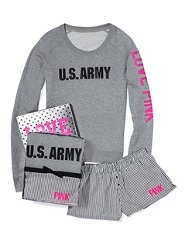 Absolutly in love with VS Army clothes!