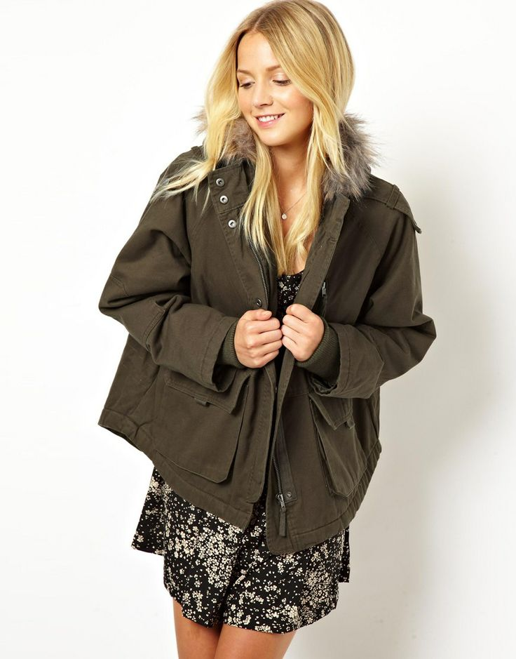 Smart Casual busichics, this shorter army-inspired cocoon coat could be the most versatile outerwear you'll ever own- taking you from work to play almost all year round! ASOS Short Cocoon Fur Trim Parka.