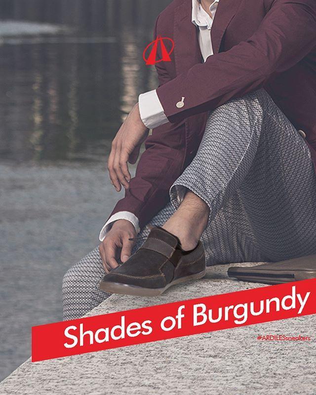 Shades of Burgundy  Ardiles Sneakers Lovers, sudah memasukkan warna burgundy dalam deretan wardrobe kamu? Warna ini identik dengan aksen merah keunguan pada red wine Burgundy, Prancis. Awalnya, tren corak burgundy ini dimunculkan oleh fashion burgundy suit yang simpel dan elegan. Jas warna burgundy akan tampak atraktif dan penuh karisma ketika dikenakan dengan pantas dan dipasangkan dengan kombinasi hitam dari sabuk, sepatu, dan jam tangan. Sementara itu, apparel lain yang banyak mengadopsi…