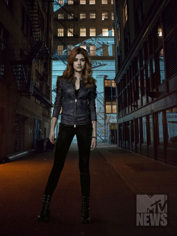 Shadowhunters Goes Back To Its Mortal Instruments Roots In Exclusive Season 2 Photos - MTV
