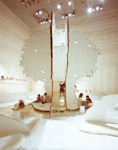 Living Design Center OZONE - Tokyo It is a temporary open space for all ages, where they can stay and spend time together in their own ways.