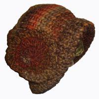 Fournitures : > Tricotin géant diamètre 28cm. > 1 crochet de 7mm. > Laine auto-zébrante : 1 pelote de 100m : 50% laine/50% acrylique : laine recommandée avec aiguille 8/9.   ...
