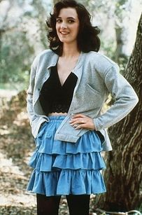15 Stylish Ways To Channel Your Favorite Fictional Heroines... Love em Especially Lindsay Weir & Veronica Sawyer!