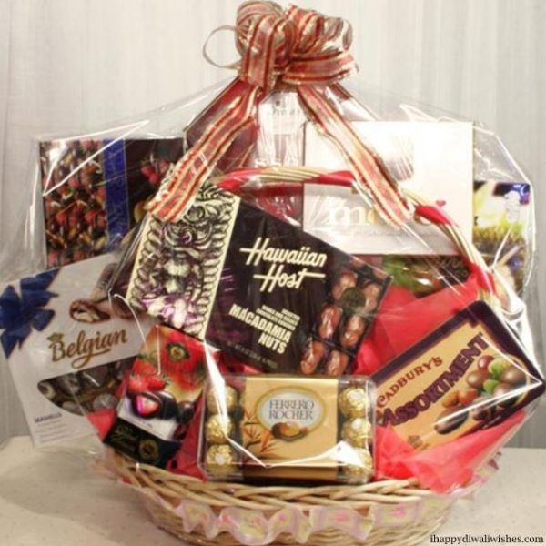 Customized Gift Hampers Make The Perfect Gift Gift Hampers Wedding Gift Hampers Gifts