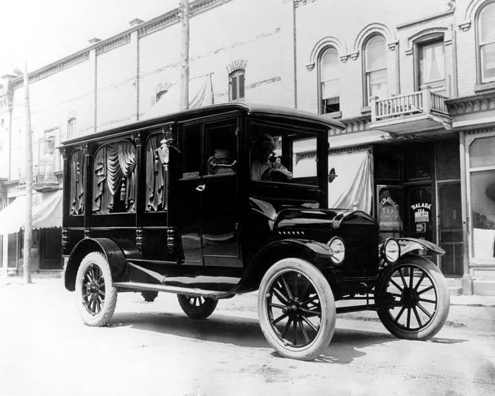 1919 Ford Model T Hearse & 497 best Ford Motor Company history images on Pinterest   Ford ... markmcfarlin.com