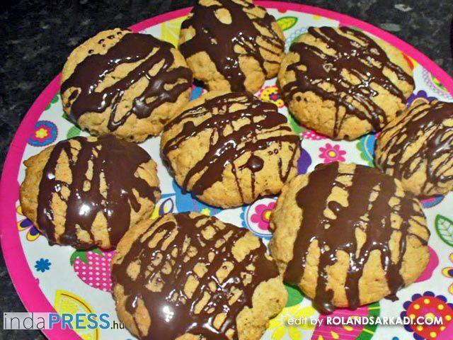 indaress.hu Recept: Tarkedli, alias amerikai palacsinta feltuningolva - fotót szerkesztette: Rolandsarkadi.com