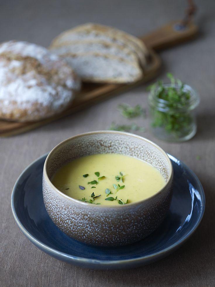 Bilde av og oppskrift på gresskarsuppe. Food styling.