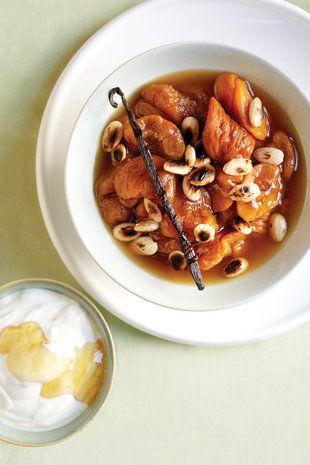 Gestoofde perskes met amandels | SARIE | Stewed peaches with almonds