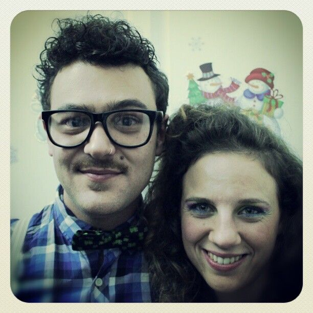 Disfrutando #Sevilla #80s #party #instagram #instamatic #picoftheday #instadaily #bestoftheday #engineers #nerd #italians #instame #instaguy #instaboy #girl #glasses #papillon #moustache #hipster #instafun #erasmus #android #flashdance #followback #getpopular #florence