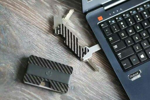 Minimalist wallet and key organizer by carbon fiber
