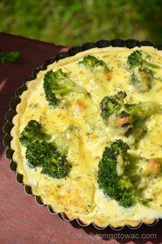 Tarta z brokułem i szynką