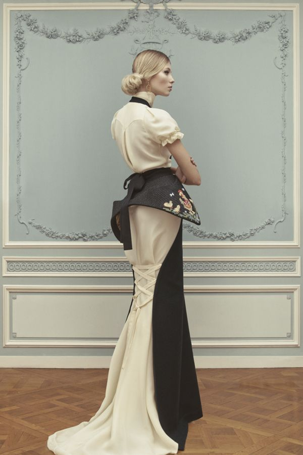 <p>Last summer, Russian designer Ulyana Sergeenko famously showed up in Paris to show her Haute Couture collection. Despite a formal invitation from France's Fédération Française de la Couture,