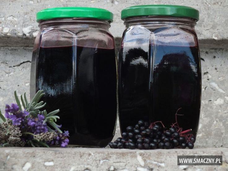 Sok z czarnego bzu z lawendą
