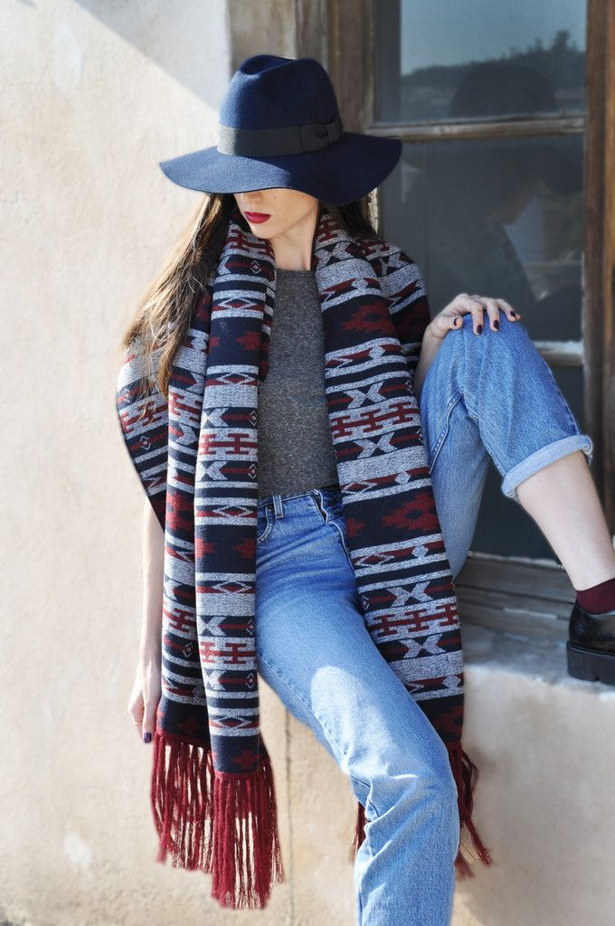 Ethnic Scarf with Bordeaux Fringes